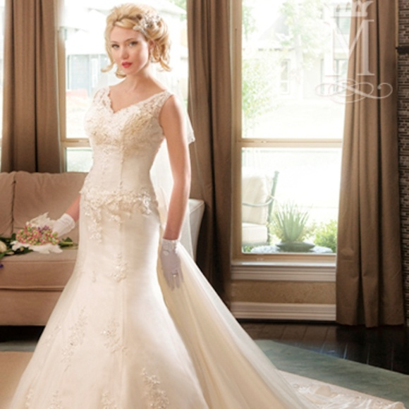 Mary's Bridal Dresses & Skirts - P.C. Mary's Bridal  Wedding Gown 6226 Ivory